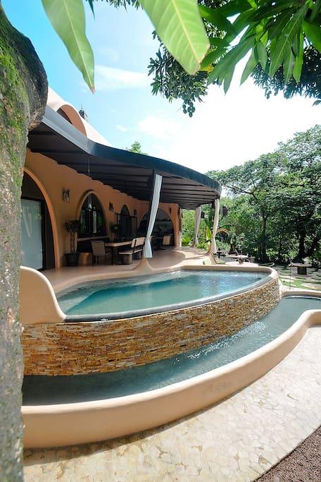 Luxury Mediterranean pool Villa