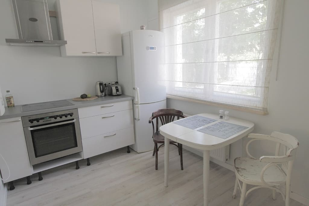2br apt in Twin House near The Sea.