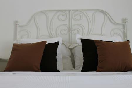 Bedroom in villa Muscat - Mascate - Villa