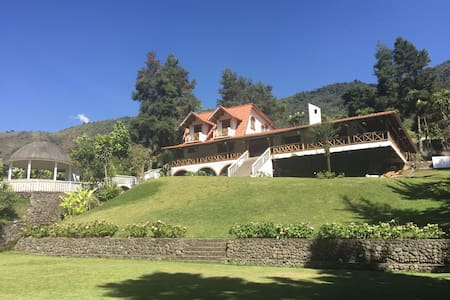 Beautiful house in the mountains - Pallatanga