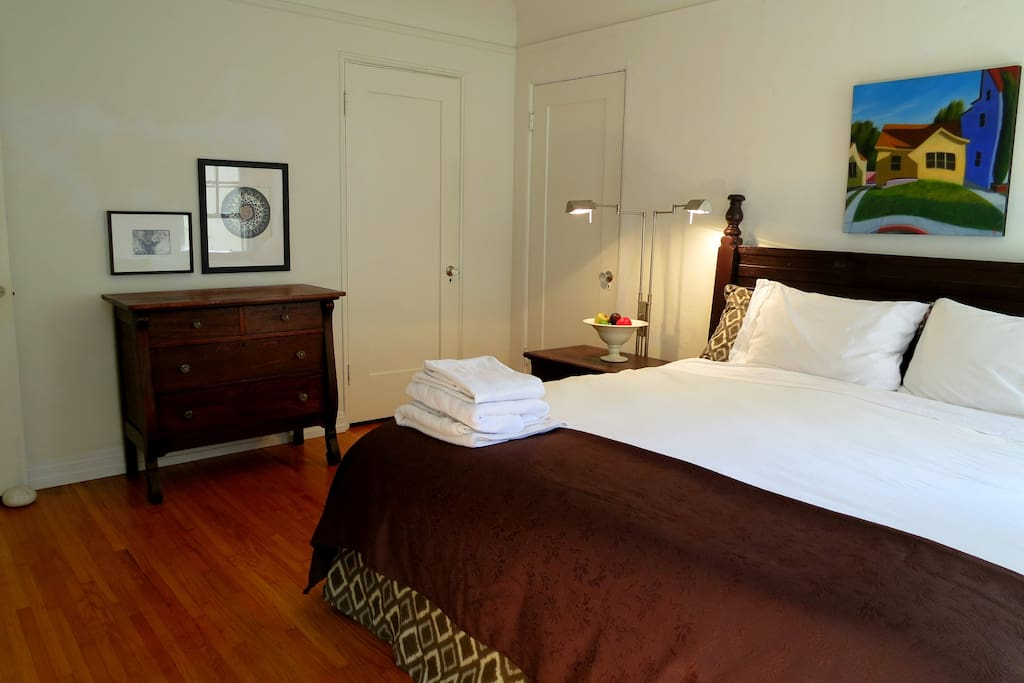 The California Room with King bed