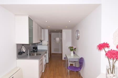 Tafari Gran Via - Madrid - Apartment