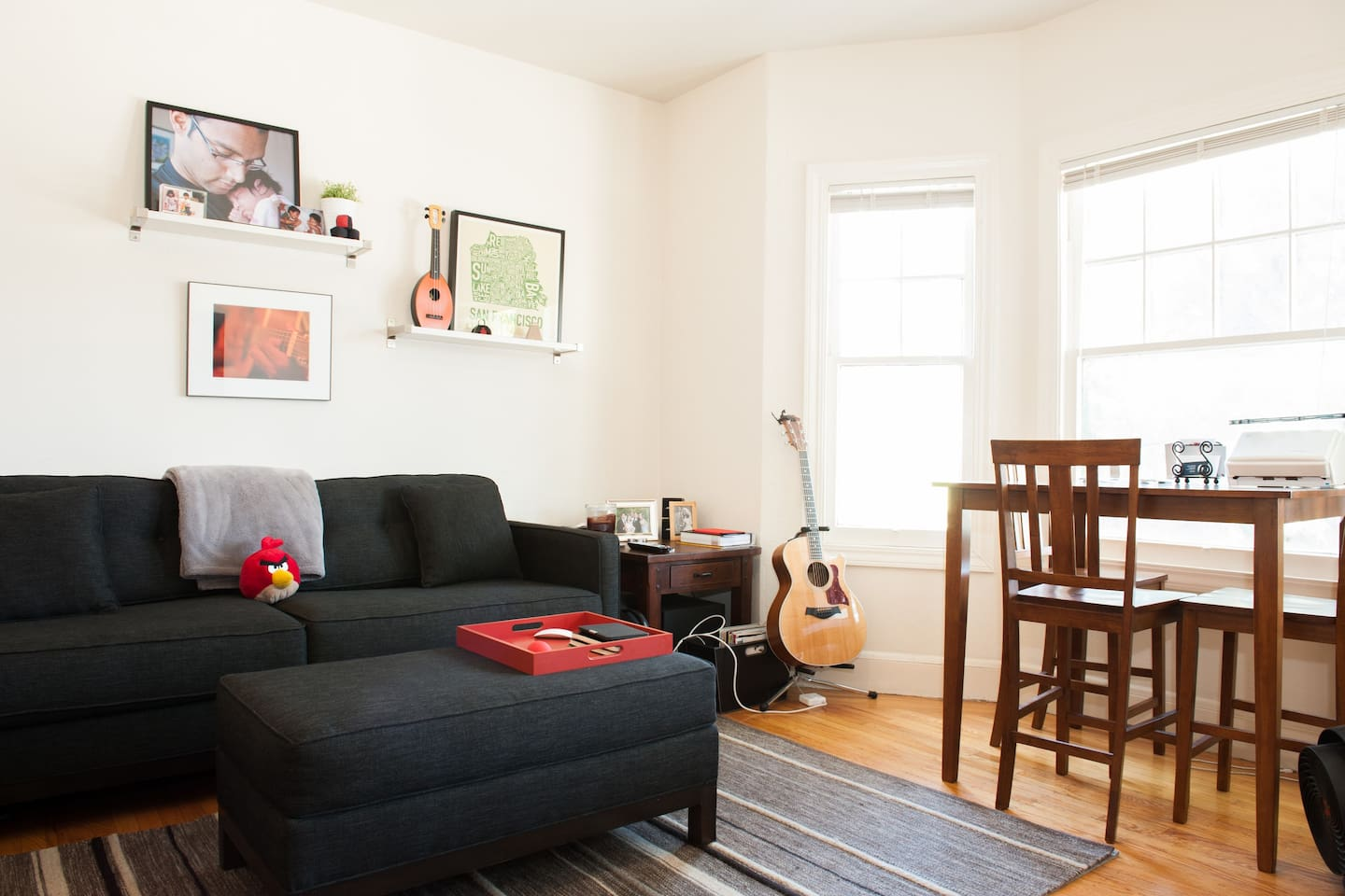 Sunny 1BDR, walkable to everything!