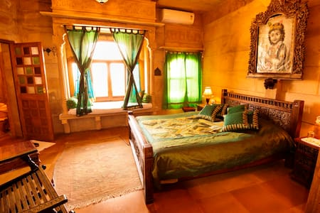A Theme Room with enchanting view! - Jaisalmer  - Chambres d'hôtes