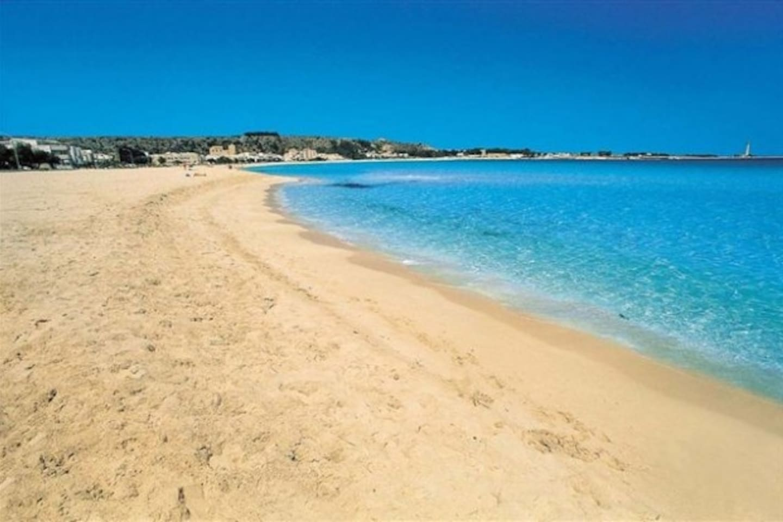 la nostra meravigliosa spiaggia