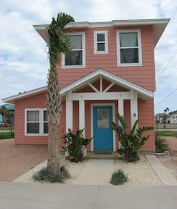 Coral Cottage-Cozy, Clean,and COOL! - Port Aransas - 一軒家