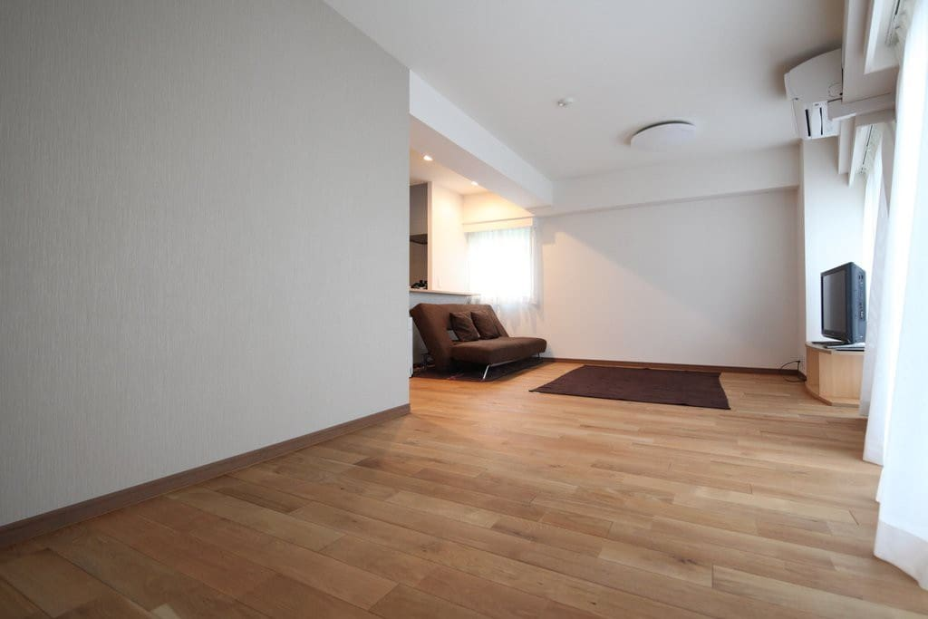 Nice and spacious living room with beautiful solid hardwood floors