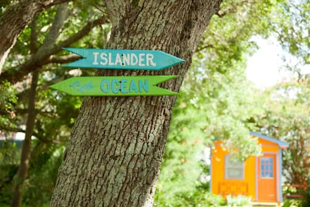 Islander- Shabby Chic Beach Rental!