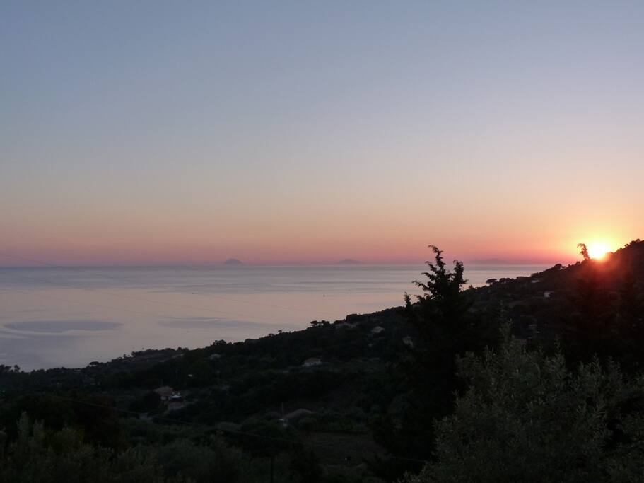 The panoramic view of the seafrom the balcony