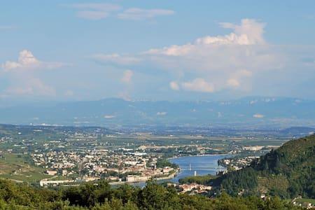 Unique Ardeche -- Magnificent View - Saint-Jean-de-Muzols