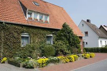 Comfortable rooms at quiet location - Bad Iburg - Wikt i opierunek