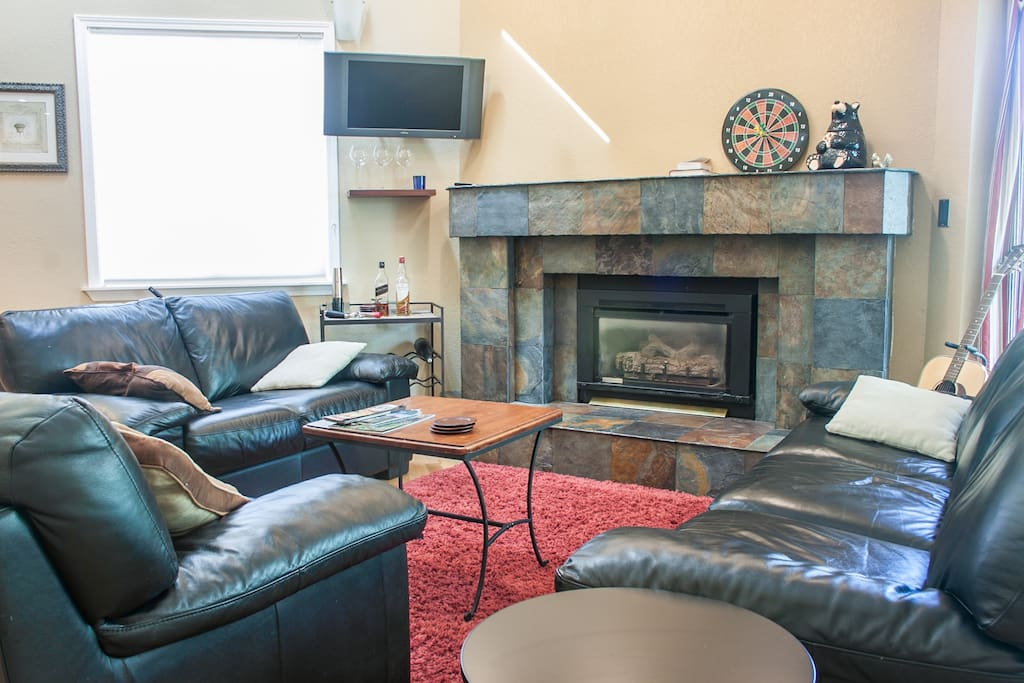 Mt. Bachelor Village Apartment