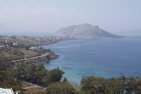 Villa in Aegina with excellent view - Nisi