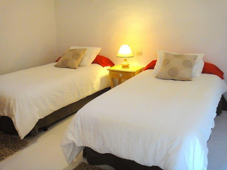 Finca Fajardo-Casa Malvasía-Dormitorio 1