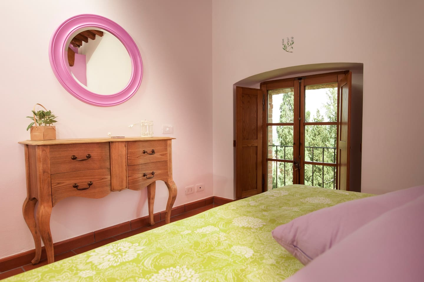 Salvia double bedroom with private bathroom