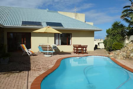 holiday flat with private pool  - Port Alfred - Appartement
