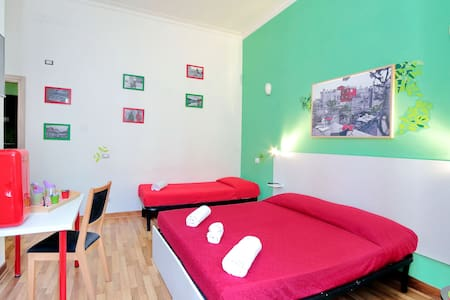 Lucky Domus rooms - Triple - Roma - Bed & Breakfast