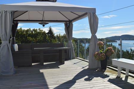 Hytte med fantastisk sjøutsikt på Bjønnes - Porsgrunn - Blockhütte