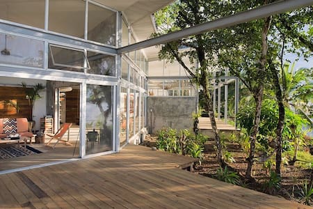 Casa Comunal- Entire House - Bocas del Toro - House