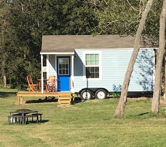 Holiday Acres Tiny House on Wheels - Ház