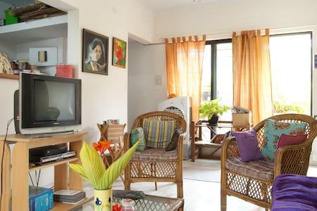 Room in Beautiful terrace flat KP - Pune
