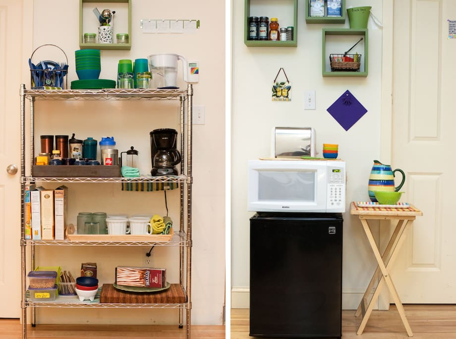 Kitchenette -- mini-fridge, microwave, toaster, coffee-maker, fair-trade coffee, herbal teas, granola, cereal, fresh bagels or toast, fresh fruit!