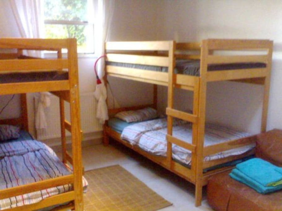 The bunk bed bedroom to sleep 4 people