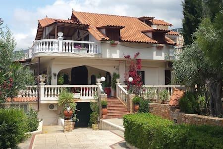 Villa GREISS Porto-Germeno  - Greece - Porto Germeno