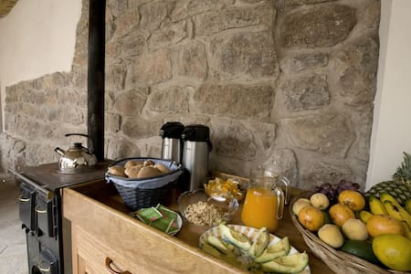 Maison Fortaleza, family guesthouse - Bed & Breakfast