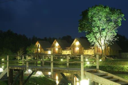 Boo Oya Nature Resort - Lake cabana - Medawachchiya