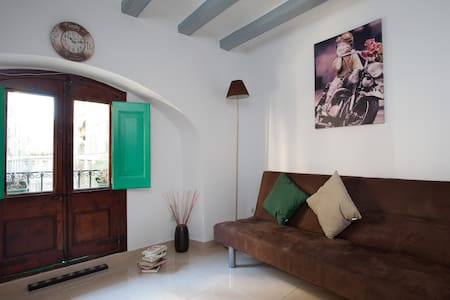 Great room, Walk Everywhere!!! - Barcelona - Apartment
