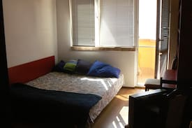 Picture of Quiet bedroom with a balcony near the city center