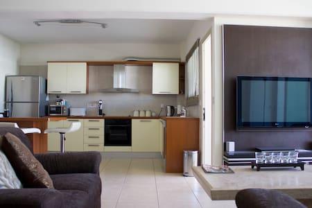 Top Floor apartment in Larnaca