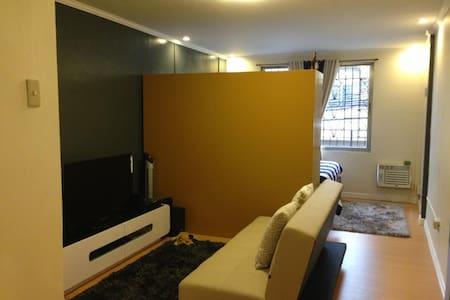 Chic Family Room in Manila for Rent - Ev