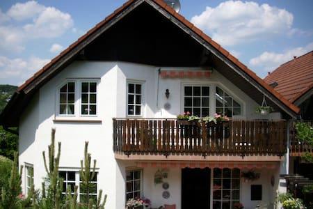 FW Raum Velbert/Essen/D'dorf/W'tal - Lägenhet
