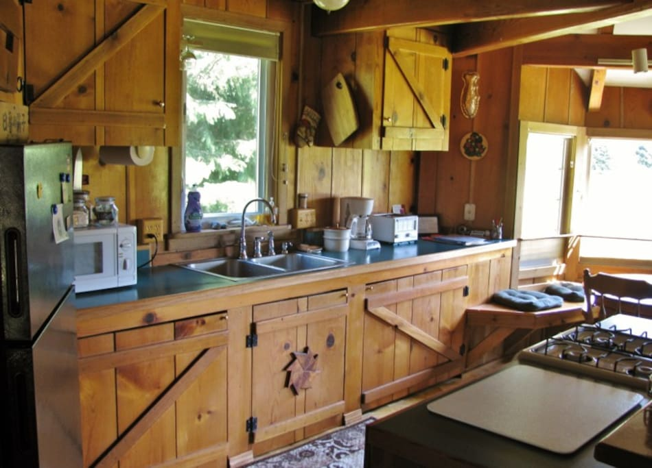 Our full kitchen is spacious and comfortable for several cooks using the kitchen at once!