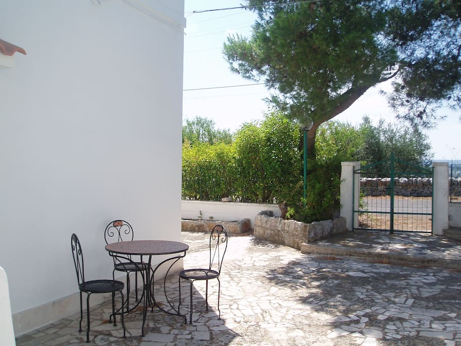 CHARMING TRULLO SOUTH ITALY UP 4