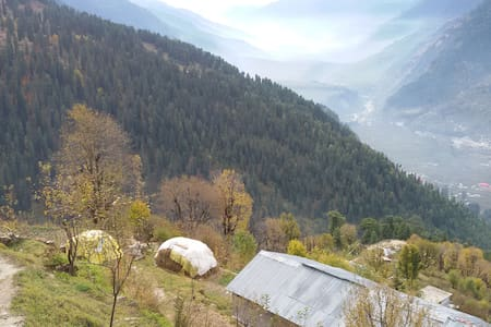 Explore Hamta - A village homestay! - Manali - House