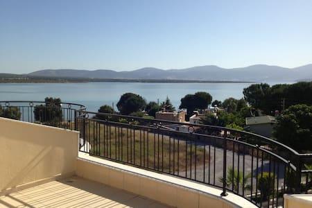 Stunning duplex on the seafront - Didyma