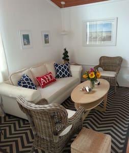 Beautiful Balboa Island Apartment! - Newport Beach