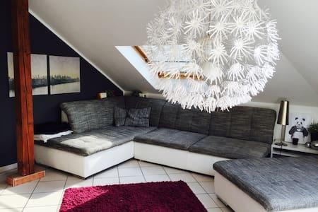 Full 85qm Apartment + Breakfast - Apartment