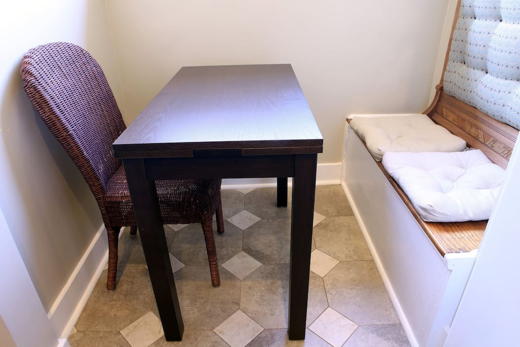 Nook off kitchen with expandable table
