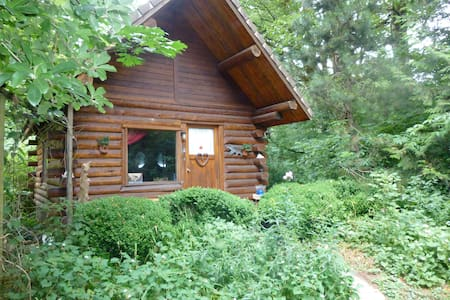 Cozy Log Cabin, Heart of the Gorge - Corbett - 小木屋