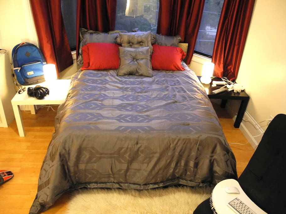 Ful Bed, Linens Provided