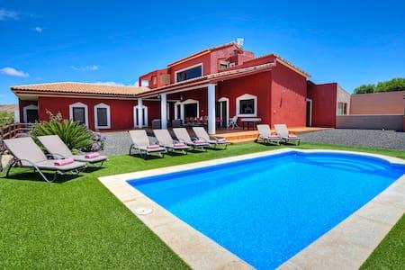 Villa Ada - Piscina privada - Villa