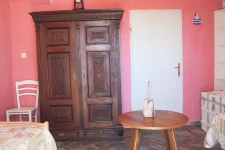 room with use of garden - Mali Losinj - House