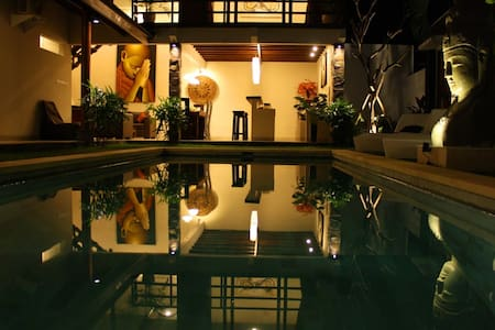 Tranquility 3br/3bth Private pool