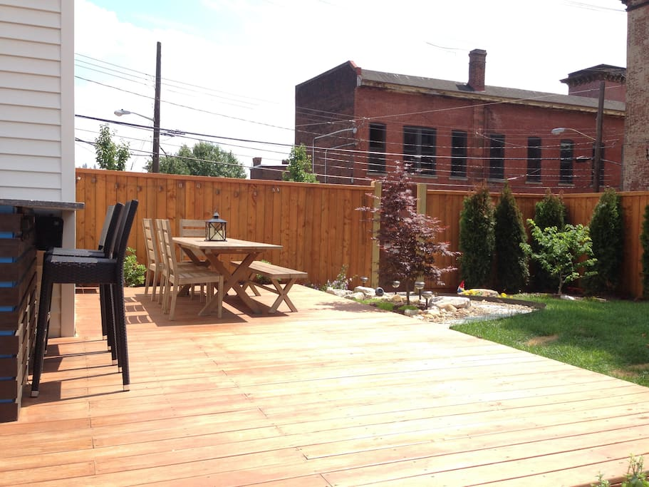 outdoor dining area and bar
