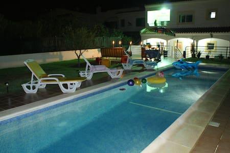 Villa Ojuara,  cosy house, Algarve! - Haus