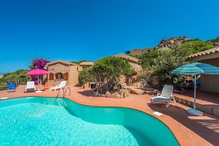 VILLA SOLE 2 con piscina - Costa Paradiso - Villa